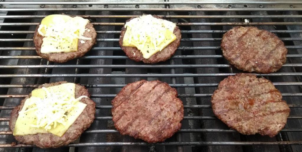 Burger Paddies grillen
