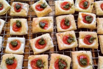 Tomaten-Quadrolinos mit Pesto